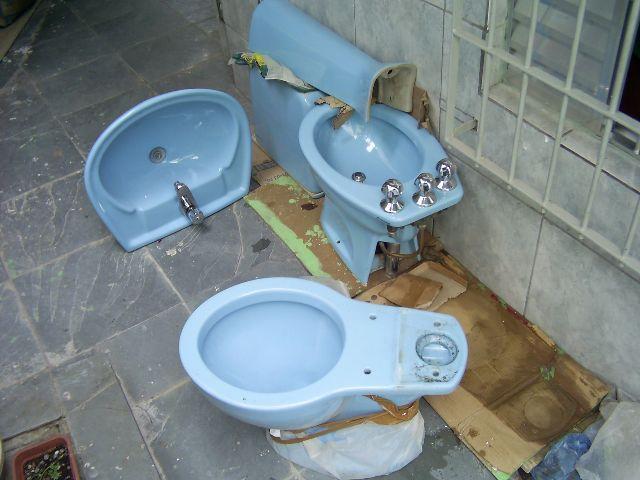 vaso sanitario acomplado e pia cm todos os acessorios  Vazlon Brasil -> Jogo De Banheiro Pia E Vaso Sanitario