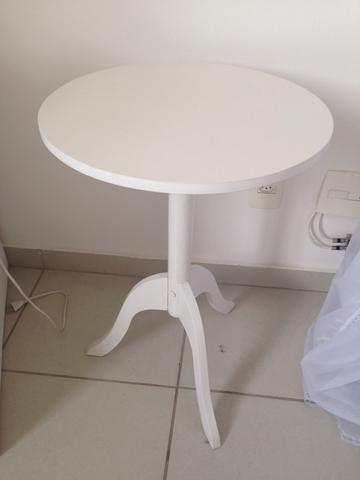 mesa redonda em madeira tok stok | Vazlon Brasil