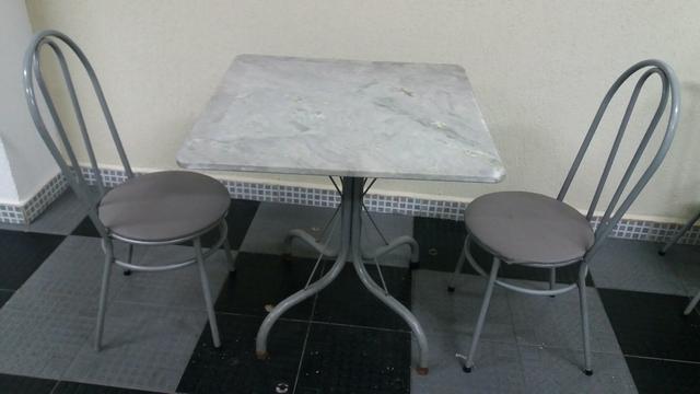 Lote de mesas e cadeiras para restaurante vazlon brasil for Mesas para restaurante usadas