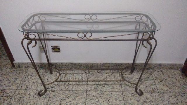 Armario De Cozinha De Madeira ~ aparador com estrutura em ferro e tampo de vidro bisotado Vazlon Brasil
