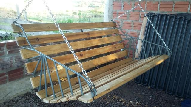 banco de madeira suspenso banco de madeira suspenso estrutura em ferro