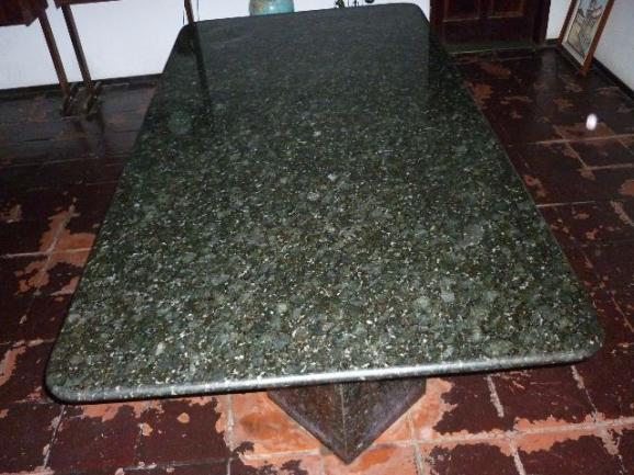 Mesa de jantar granito preto c 4 cadeiras vazlon brasil - Mesa de granito ...