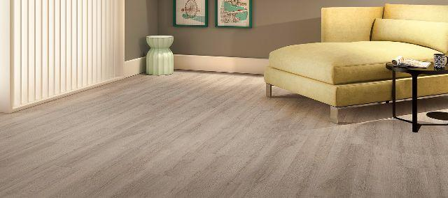 Piso laminado floorest wood boreal vazlon brasil for Piso laminado instalado