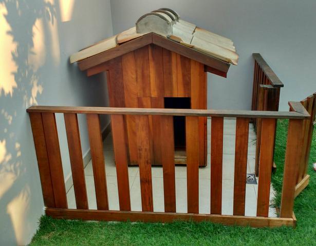 cerca jardim cachorro : cerca jardim cachorro:casa cachorro com cerca canil feita em madeira nobre casa de cachorro