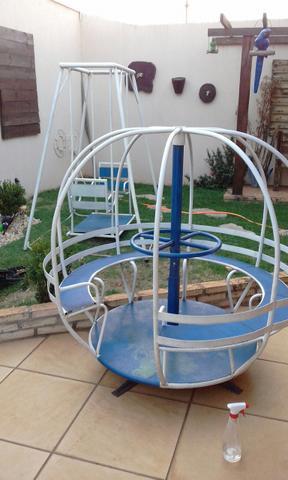 Balanco de ferro duplo vazlon brasil for Vendo capannone in ferro