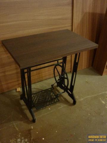 Mesa de pe de maquina de costura com tampo de granito - Mesas para costura ...