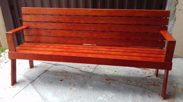 banco de jardim medidas : banco de jardim medidas:banco de jardim banco de jardim feito da madeira cambará tem 2 metros