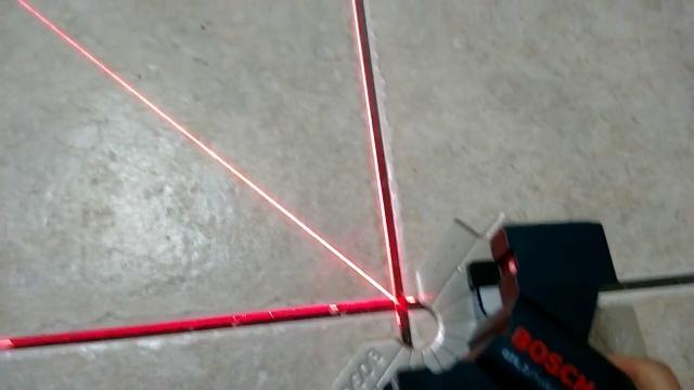 Nivel a laser e esquadro stanley modelo s2 r vazlon brasil - Nivel laser bosch ...