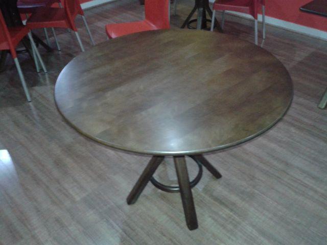 Mesas plastica redondas usadas e mais vazlon brasil for Mesas para restaurante usadas