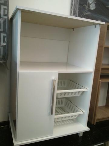 Armario aereo de cozinha com espaço para microondas