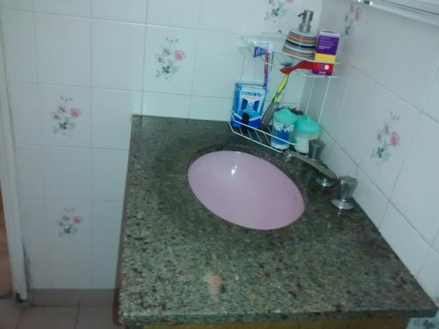 rosa de pedra  Vazlon Brasil -> Pia De Banheiro Com Granito Ouro Brasil