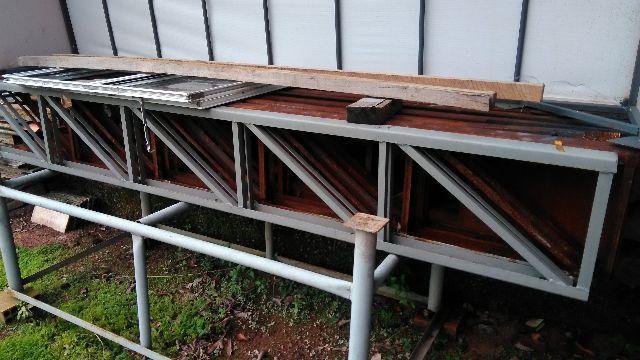 Trelica para dj com 2 metros de altura e 3 metros de for Estanterias metalicas 3 metros