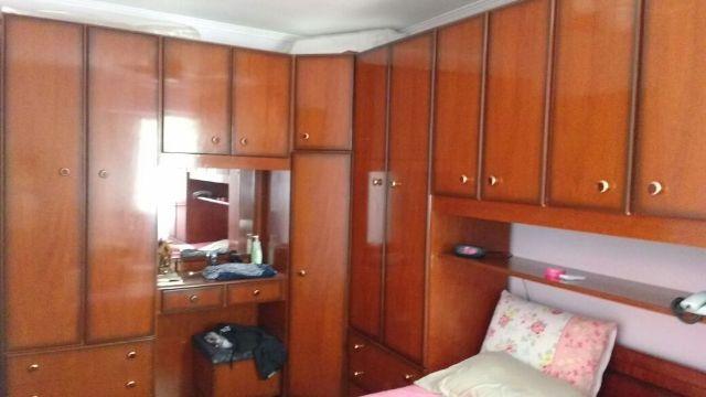Dormitorio completo com cama gavetas embutidas vazlon brasil for Dormitorio completo