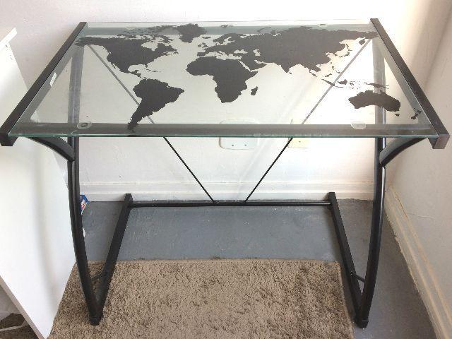 Mesa computador de vidro mapa mundo vazlon brasil for Mesa cristal mapamundi