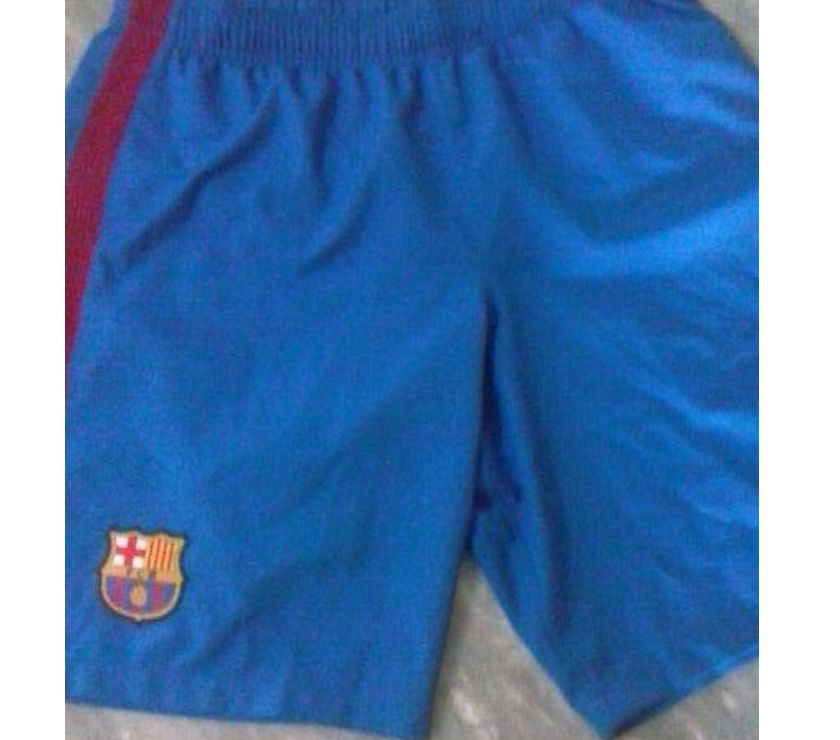 Camiseta e bermuda Nike oficial do Barcelona 3388f02cfab61