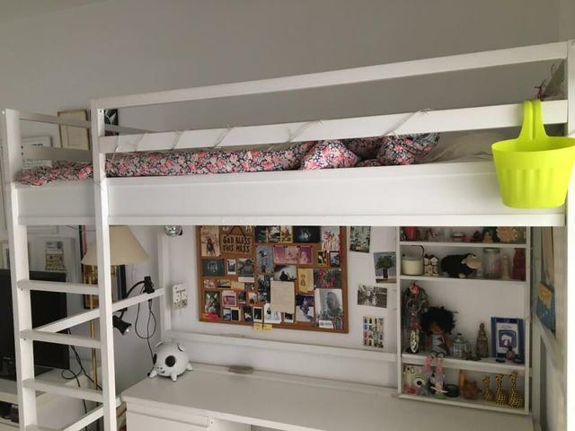 conjunto de quarto com bicama com escrivaninha e 2  ~ Vendo Quarto Juvenil