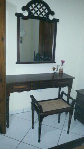 Dormitorio colonial entalhado cama de casal com criados - Dormitorio estilo colonial ...