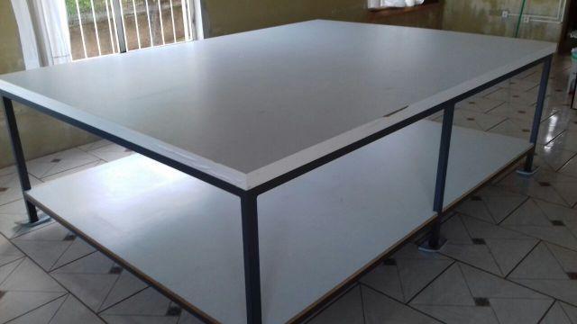 Mesa de corte para costura x em madeira vazlon brasil - Mesas para costura ...