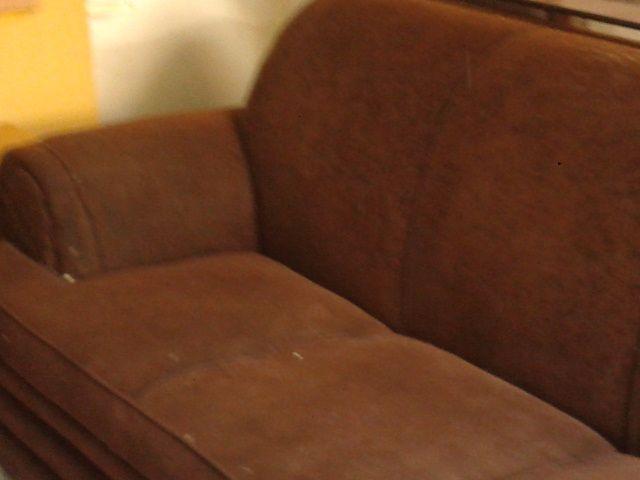 Sofa novo em tecido marron estampado entrego vazlon brasil for Sofa 02 lugares
