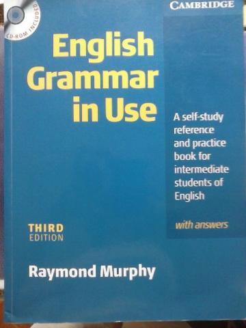 НАЧИНАЮЩИМ: Essential Grammar in Use