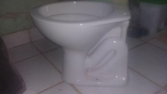 vaso sanitario magik com pia ocupa poco spaco no banheiro  Vazlon Brasil -> Jogo De Banheiro Pia E Vaso