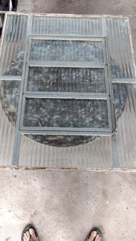 Carro basculante em aco inox vazlon brasil for Vendo capannone in ferro