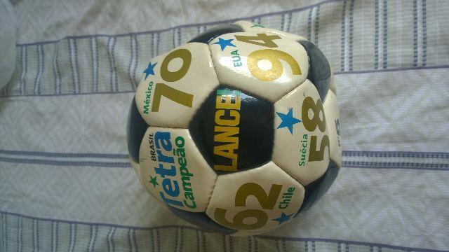 bola da copa de 94 bola de ouro do jornal lance   OFERTAS    7239bfcf40205
