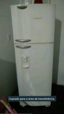 Congelador furado tem conserto