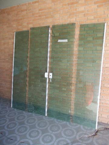 Fechadura porta de vidro c furo 2 folhas abertura interna for Porta 4 folhas de vidro temperado