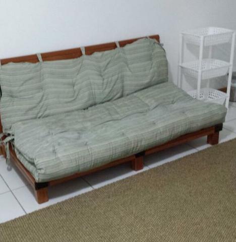 Estrado para cama tipo futon vazlon brasil for Sofa cama tipo futon