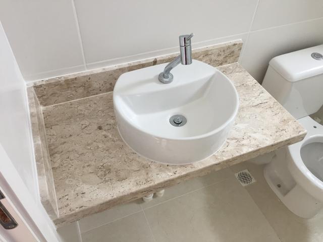 vende se pias de banheiro em marmore com torneira da deca  Vazlon Brasil -> Pia Banheiro Sifao