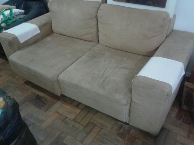 Sofa tres lugares com chaise puff vazlon brasil for Sofa 03 lugares com chaise