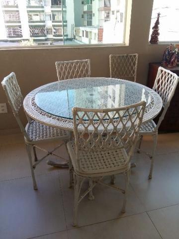 mesa e cadeiras de jardim antigas em ferro Vazlon Brasil