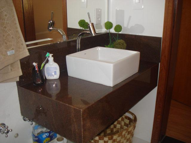 Granito marrom absoluto chapas vazlon brasil for Granitos nacionales e importados