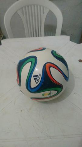 bola de futebol adidas   OFERTAS    26e14a3add406
