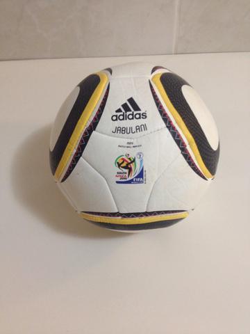 top replica bola da copa jabulani   OFERTAS    999ac2a0a9df9