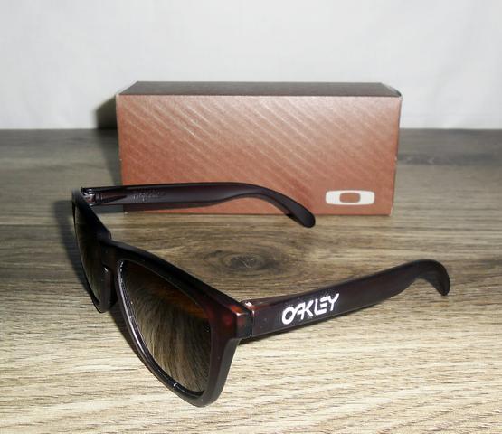 oculos de sol oakley sanctuary polarizado unissex marrom   OFERTAS ... 9bf51b9b14