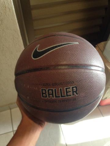 bola de basquete profissional da nike   OFERTAS    07061ad34587b