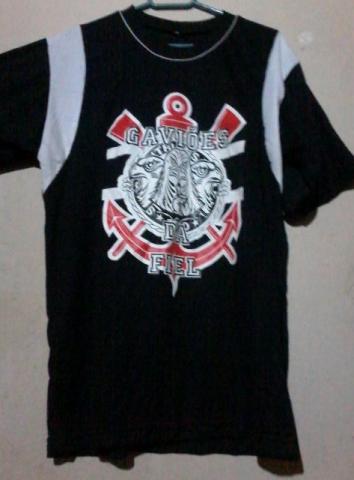 f423e61dc5810 camisa gavioes da fiel semi nova [ OFERTAS ] | Vazlon Brasil
