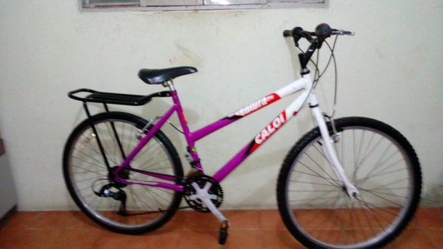 949be67b7 Bicicleta aro 26 Caloi ventura com 21 marchas semi nova