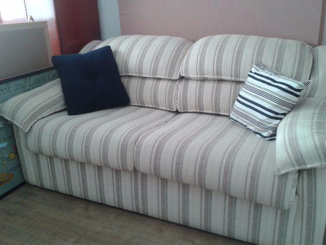 Dormitorio casal completo mesa jantar sofa 2 e 3 lugares for Divan cama completo