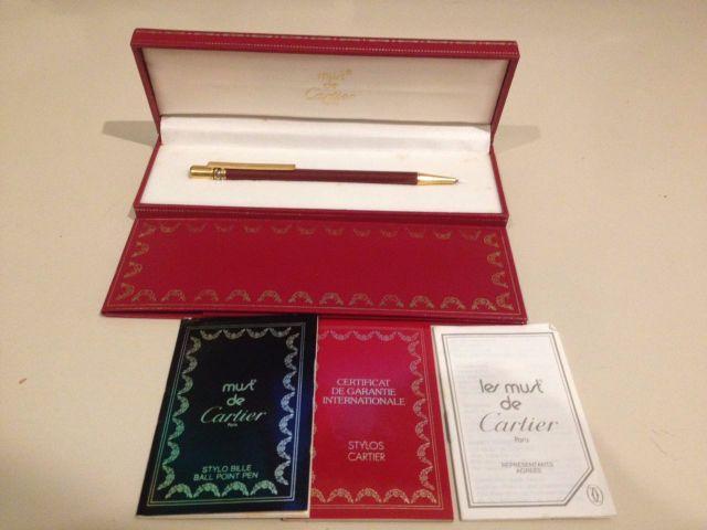 75f90bb5c25 caneta de ouro antiga da colecao must de cartier   OFERTAS ...