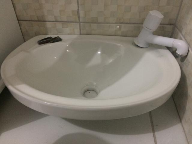 pia para banheiro de porcelanato  Vazlon Brasil -> Pia De Banheiro Plastico