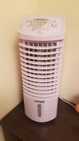 Umidificador e climatizador de ambiente