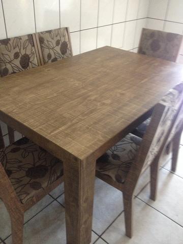 Mesas de jantar usadas para vender