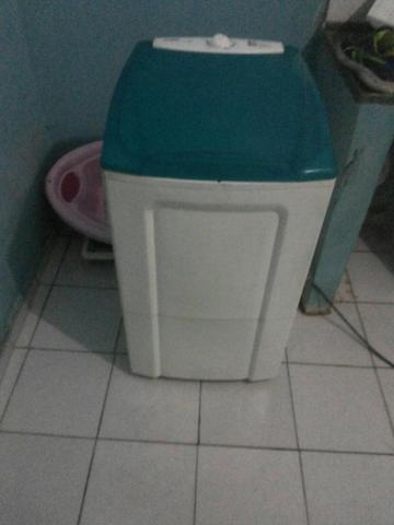 Tanquinho de lavar roupa arno