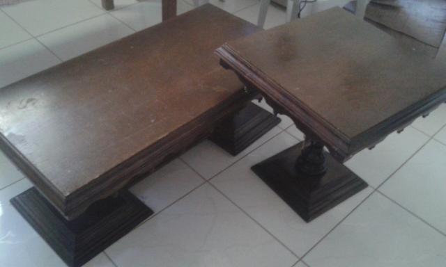 Mesa de centro e mesas laterais de sala de estar vazlon for Mesas de madera para sala