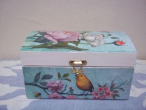 Armario Planejado Banheiro ~ bau decorado tititi bau tematico em decoupagem Vazlon Brasil